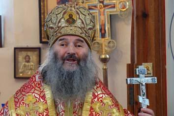 Сегодня митрополит Йошкар-Олинский и Марийский Иоанн провел торжественную службу в православном храме исправительной колонии № 7